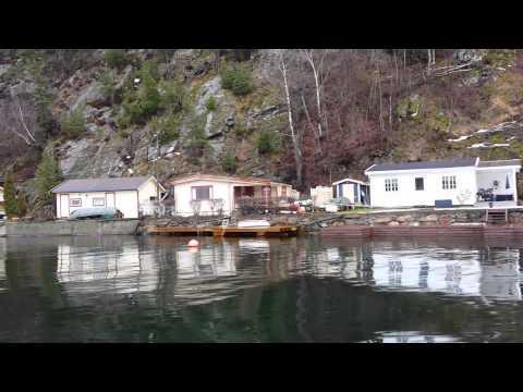 Oslo suburbs - scenic waterfront