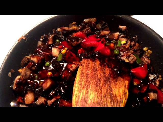 How To Make Chinese Jia Jiang Mian Sauce And Noodles Youtube