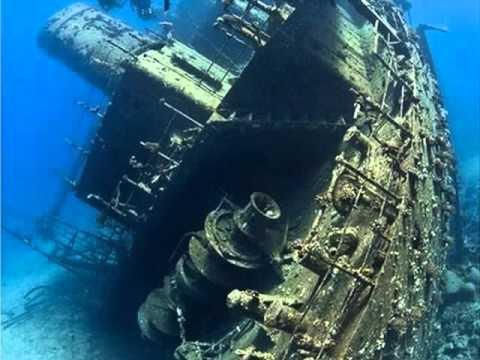Bermuda triangle wrecks