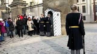 Смена караула. Пражский град, Прага(Смена караула., 2010-09-22T13:59:33.000Z)