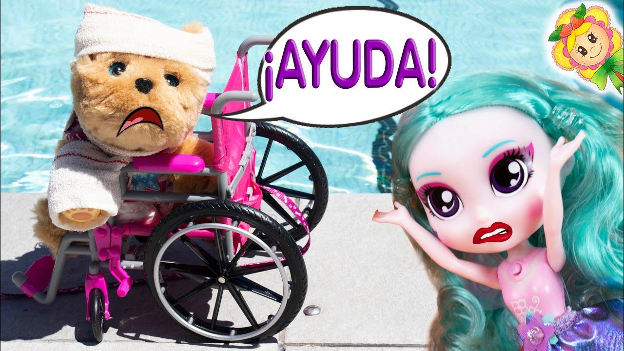 😱Pobre Brownie, se ha roto una patita y va en silla de ruedas! La traviesa BFF le gasta una broma