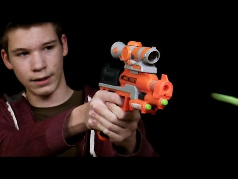 Nerf Zombie Strike Clearshot  and Shooting