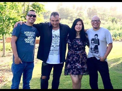 Jose Riaza en Flora Farms Songwriter Sessions