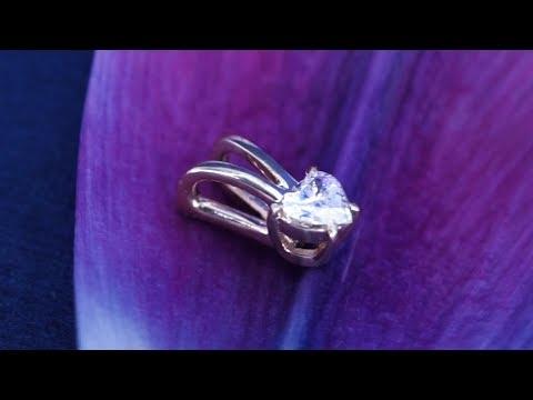 Трогательный кулон с бриллиантом сердце от Diamond Gallery