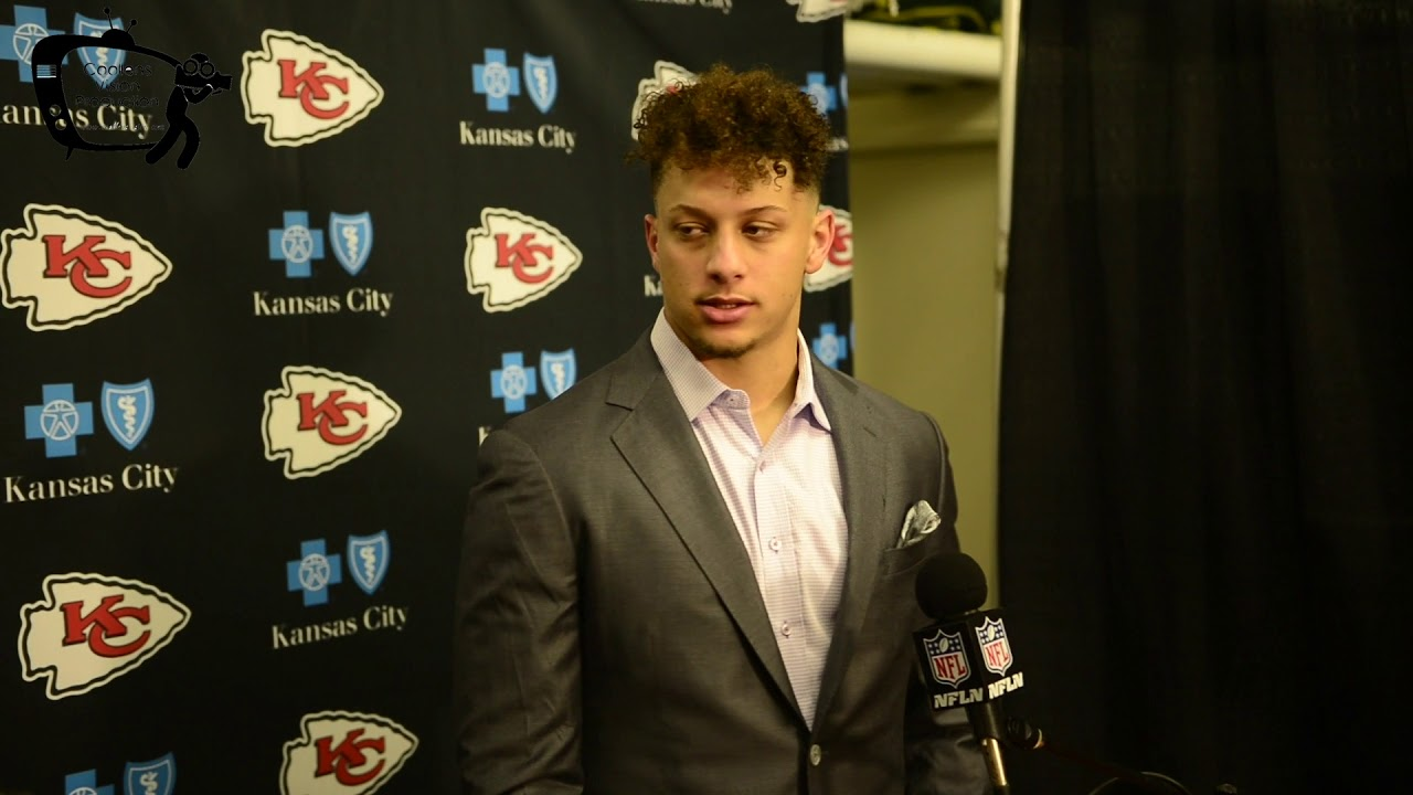 Chiefs Quarterback Patrick Mahomes comments on Kareem Hunt, and game with Oakland Raiders