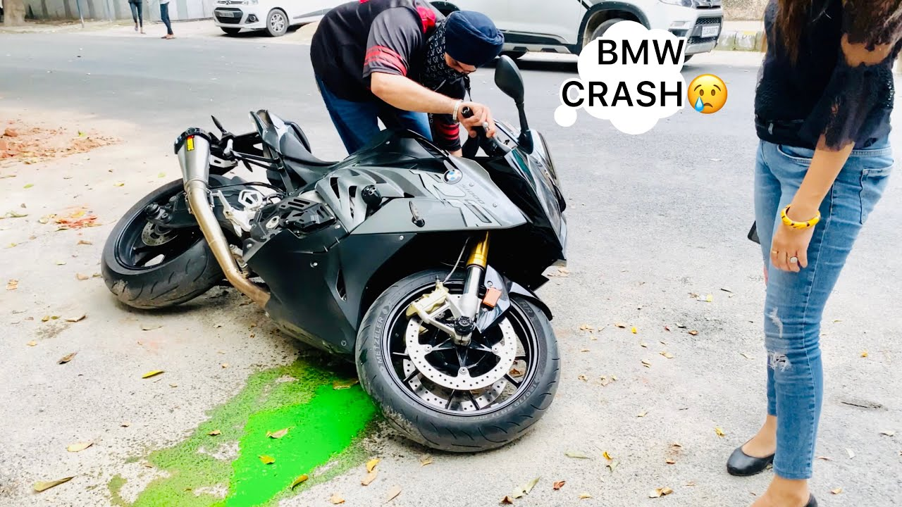 BMW S1000rr Crash😢