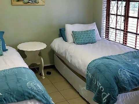 5.0 Bedroom House To Let in Scottburgh Central, Scottburgh, South Africa for ZAR R 1 500 Per Day