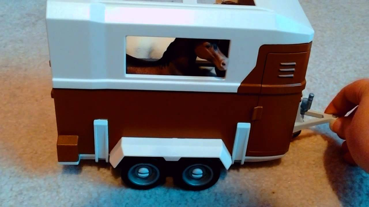 Play Truck And Horse Trailer