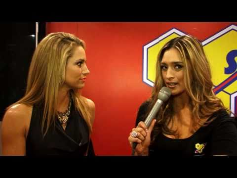Melanie Tillbrook interviews Fitness model Jennife...