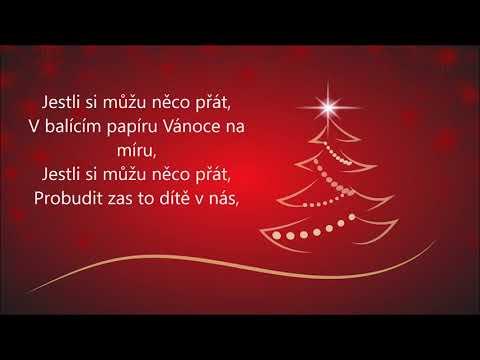 Ewa Farna - Christmas on bespoke + TEXT