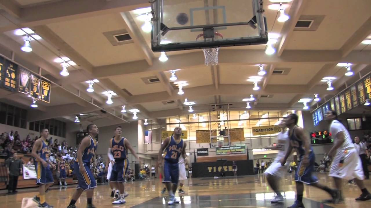Punahou vs. Hilo - Basketball Highlights