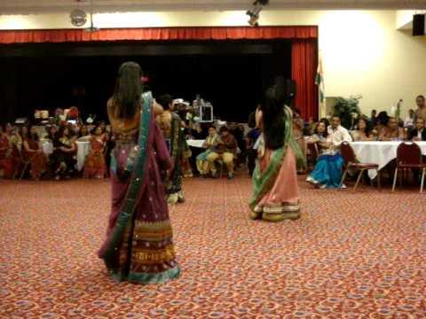 In Ankhon Ki Masti, Chamma Chamma, Main Aayi Hoon Up Bihar Lootne Dance