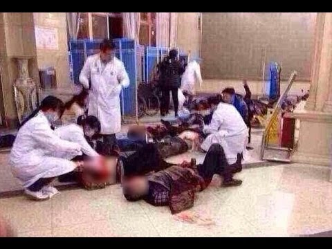 China Mass Stabbing: 28 dead & 113 injured after gang of knife wielding men attack a train station