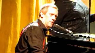 Hugh Laurie Junko