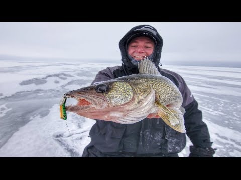 Ice Fishing Jigging Spoon Selection For Walleyes