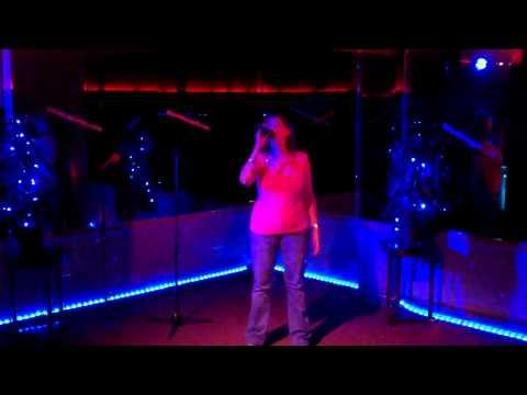 Lizard Lounge Karaoke - Chrissy sings Clarity - Zedd for Lizard Lounge Idol III Contest