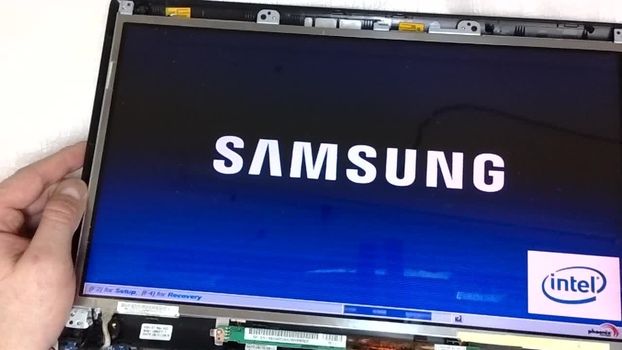 Samsung Laptop Change 15,6' Screen LCD Replace Display