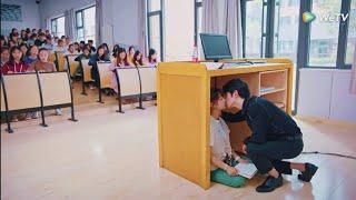 Ünlü Profesör öğrencisine aşık oldu   Çin     Leave me alone Resimi