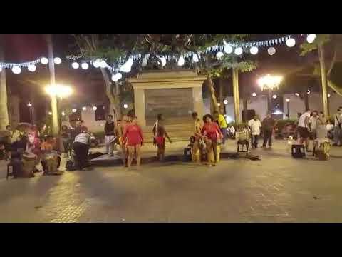 Street Artists performing at Ciudad Amurallada, Cartagena de Indias, Colombia 🇨🇴