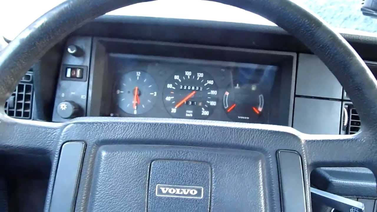 Volvo 240 Dl 1986 Interior Dashboard View