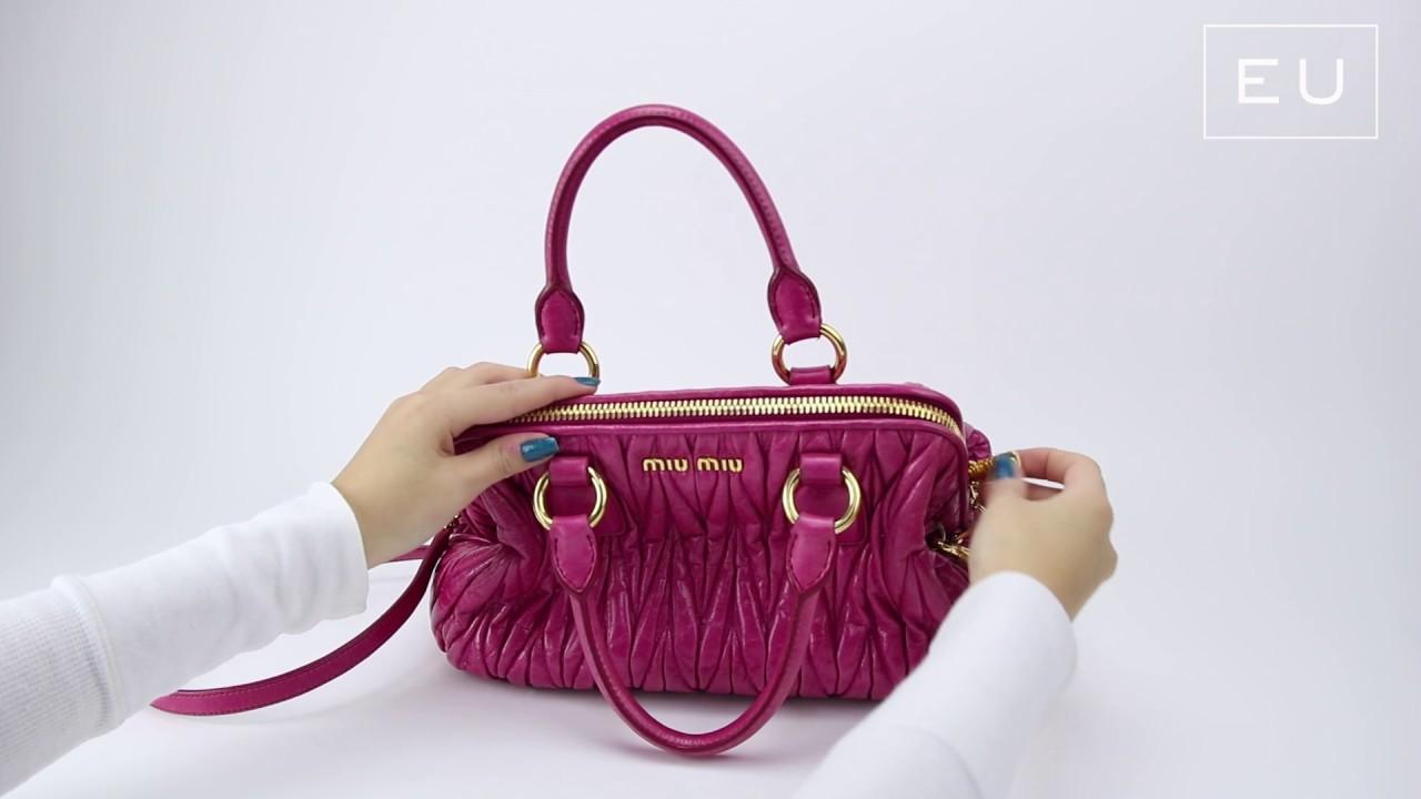 Bolsa Miu Miu Matelassê Rosa   Etiqueta Única - YouTube 79e12caa68
