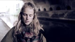 Смотреть клип Marika Hackman - Itchy Teeth