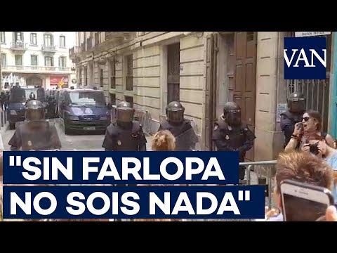 """[1 de Octubre] """"Sin farlopa no sois nada"""", ante la Policía Nacional"""