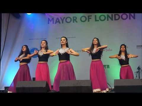 AMAZING Bollywood Dance Performance - [Diwali on Trafalgar Square 2016]