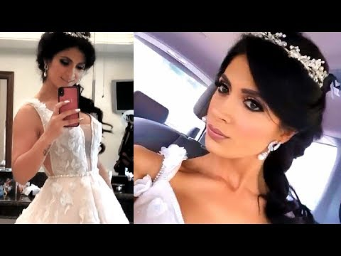 Kimberly Flores Se Prueba Su Vestido De Novia