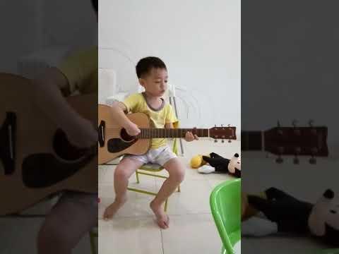 Mieng Main Gitar Sambil Nyanyi Bintang Kejora