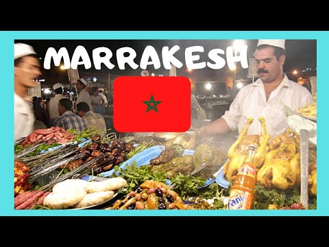MARRAKECH, night food stalls, the central square of Jemaa El Fna (MOROCCO)