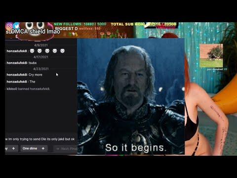 Bathtub Twitch Streamer Donator CRINGE + 80 IQ Logic