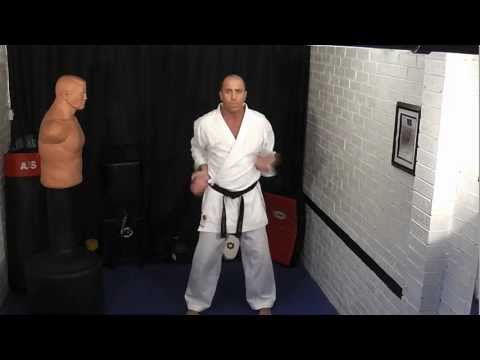 karate for beginners (mawashi uke)
