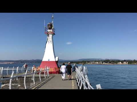 Thing to do in Victoria, British Columbia - Ogden Point Breakwater