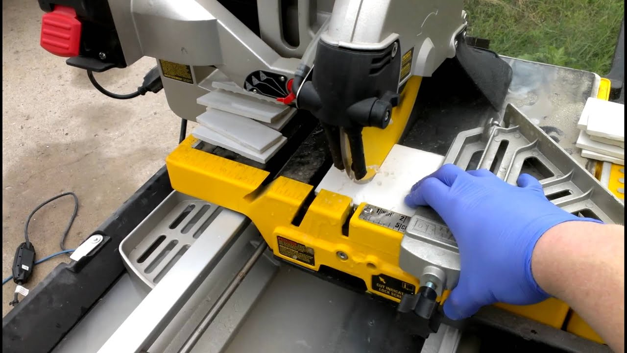 Cutting Some Tile With The D YouTube - Dewalt wet saw pump