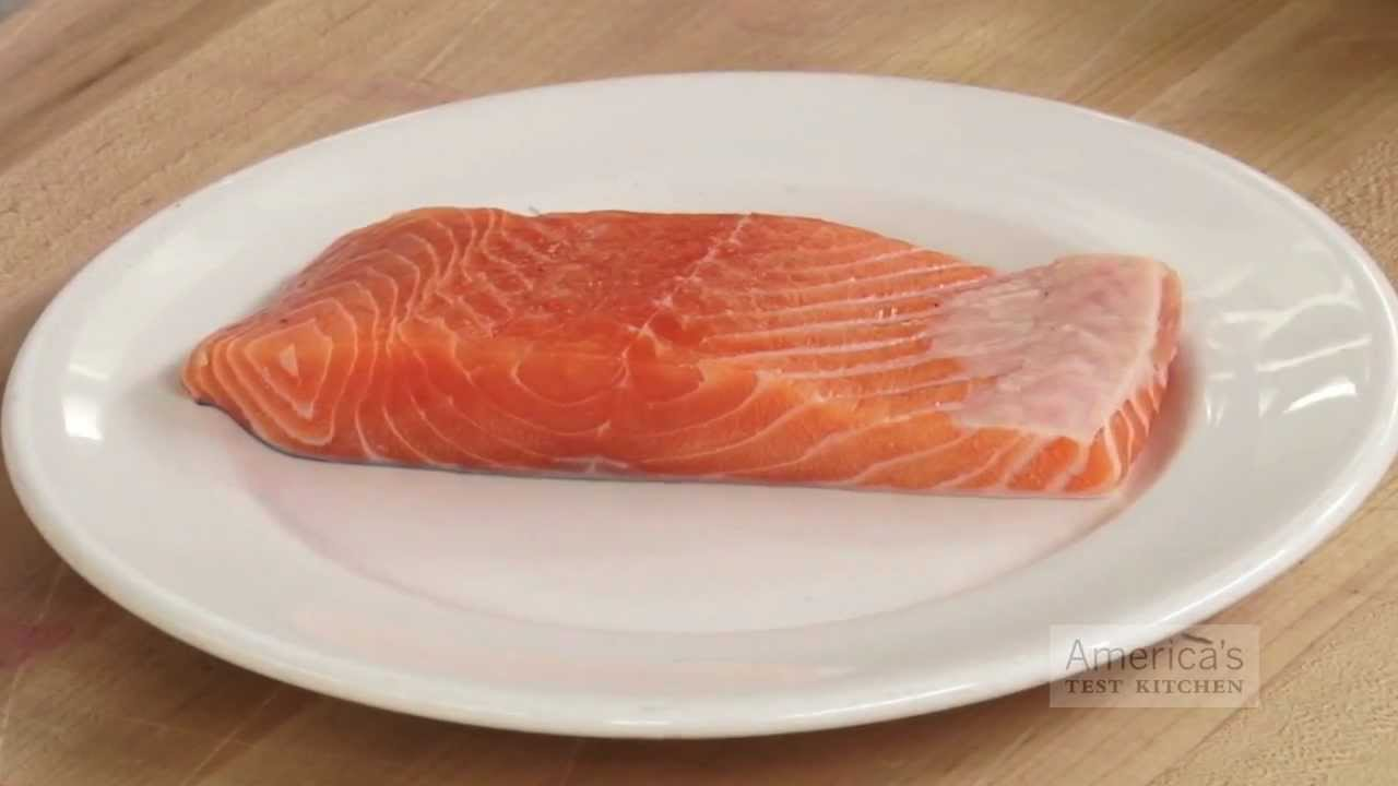 Super Quick Video Tips: Removing Fishy Smells From Fresh Seafood