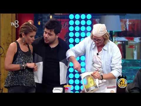 Ünlü Aşçı Ütüyle Tavuk Pişirdi | 3 Adam | Sezon 3 Bölüm 6 | 16 Aralık 2015