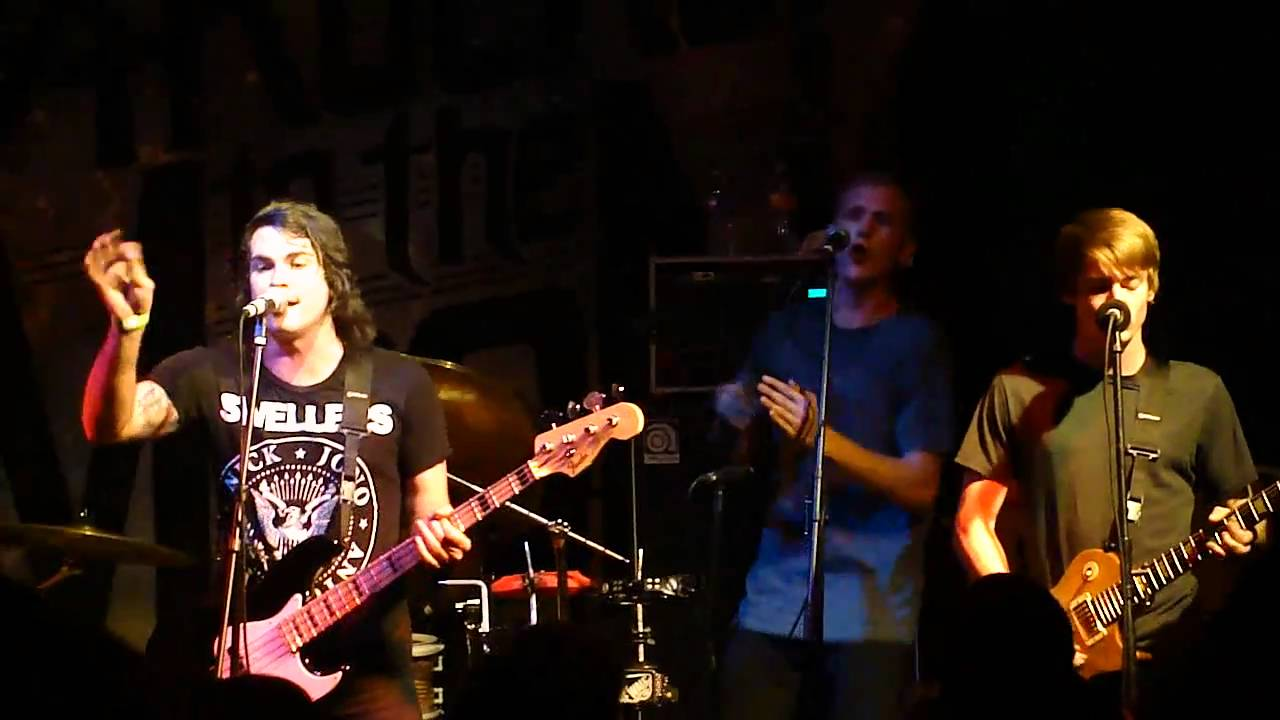 anarbor-always-dirty-never-clean-live-in-san-diego-4-3-11-therealconcertking