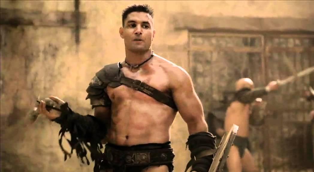 Download Spartacus Ep9 #3 - Scena lotta Crisso con la nuova recluta