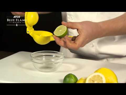 How to use a lemon squeezer