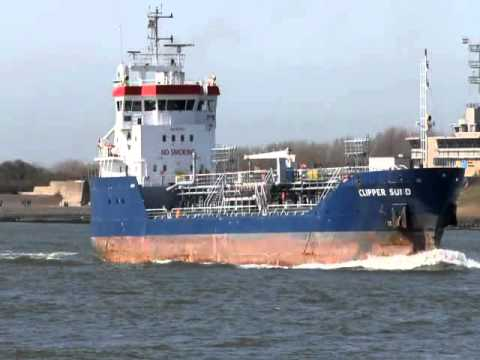 ship movements rotterdam 06-04-2011.mp4