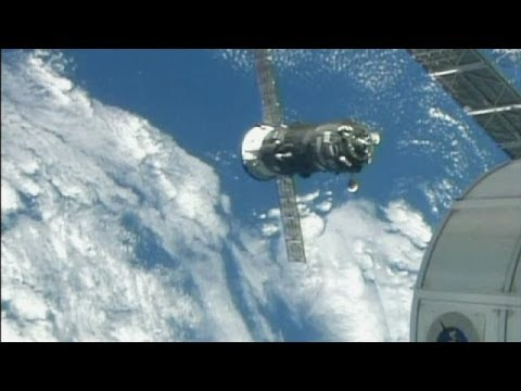 Unmanned spacecraft brings supplies for ISS - no comment