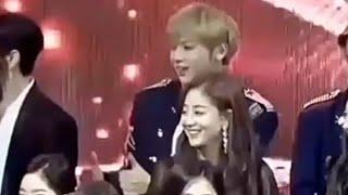 Download Kang Daniel & Park JiHyo    Moment 💗 Mp3 and Videos