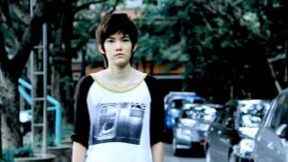 Repeat youtube video ถ้าสักวันเธอจะกล้าพอ - [MV] อิน Budokan Ost.Yes or no