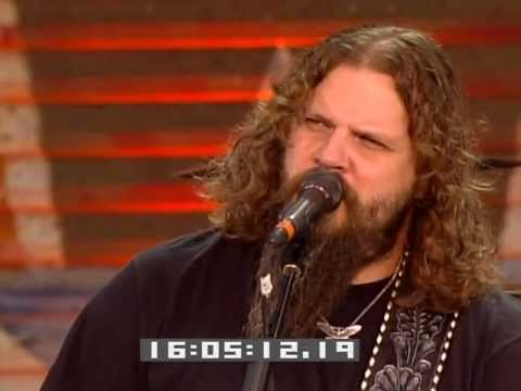 Jamey Johnson - Mowin' Down The Roses (Live at Farm Aid 2009)