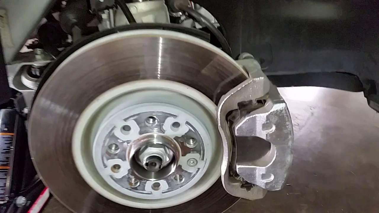 2014 2018 Jeep Cherokee Suv Checking Front Brakes