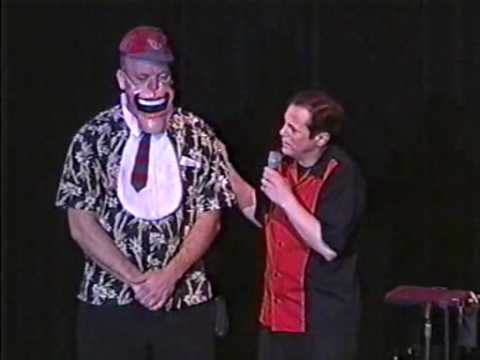Ronn Lucas Performing with the VENT-MASK