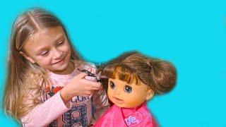 Ярослава и Игрушки для детей | Открываем набор парикмахера