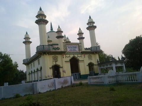 Bangla Islamic Gojol - Otiter Etihas Tomra Keno Bolona Ft Furfura Sharif's Osiot of Dada Pir Kebla
