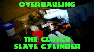 Overhauling the Clutch Slave Cylinder LT77 R380  (Honing and Seal Replacing)